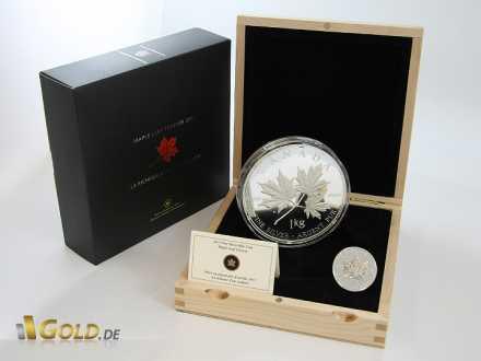 Maple Leaf 1 kg Silbermünze Forever 2011