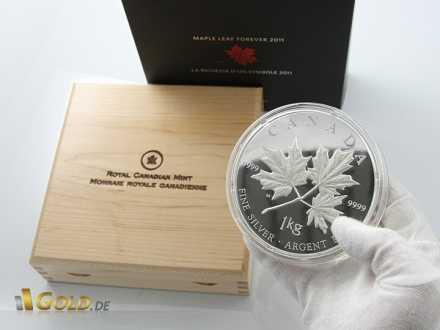 1 kg Silbermünze (Sonderedition Forever 2011) mit Holzschatulle